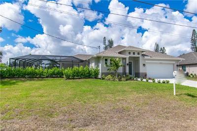Bonita Springs Single Family Home For Sale: 11045 Smokey Dr
