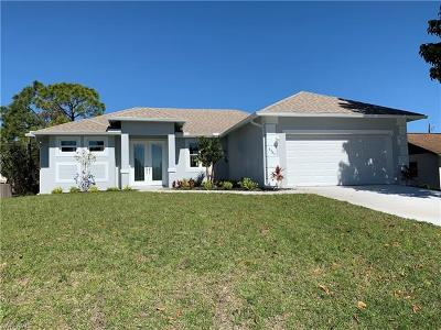 Fort Myers Single Family Home For Sale: 8385 Wren Rd