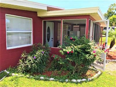 Bonita Springs Single Family Home For Sale: 26831 Palm St