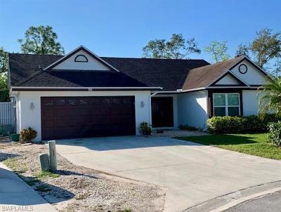 Naples Single Family Home For Sale: 3642 Kent Dr