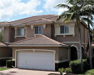 Fort Myers Condo/Townhouse For Sale: 9658 Roundstone Cir