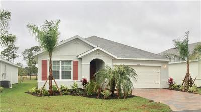 Bonita Springs Single Family Home For Sale: 26926 Wildwood Pines Ln