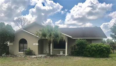 Bonita Springs Single Family Home For Sale: 11718 Forest Mere Dr