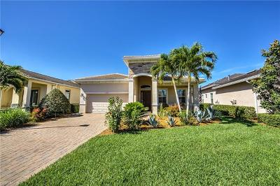 Fort Myers Single Family Home For Sale: 12633 Fairway Cove Ct