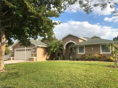 Bonita Springs Single Family Home For Sale: 4543 Santiago Ln
