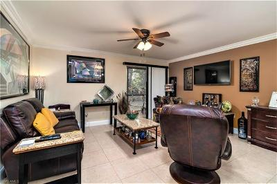 Fort Myers Condo/Townhouse For Sale: 8041 S Woods Cir #3