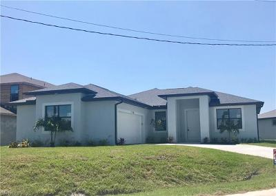 Fort Myers Single Family Home For Sale: 17386 Knight Dr
