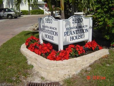 Bonita Springs Condo/Townhouse For Sale: 5220 Bonita Beach Rd #102