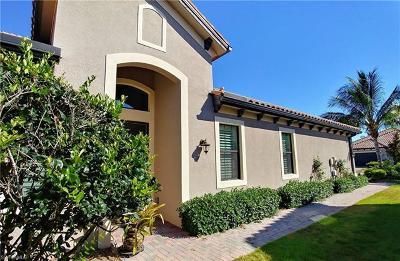 Bonita Springs Single Family Home For Sale: 9423 Isla Bella Cir
