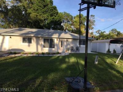 Bonita Springs Single Family Home For Sale: 27031 Edgewood St