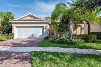 Bonita Springs Single Family Home For Sale: 28032 Oceana Dr