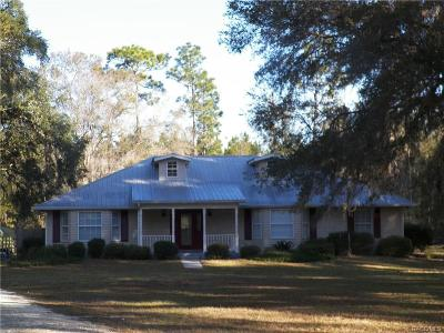 Levy County Single Family Home For Sale: 13051 Highway 40 E
