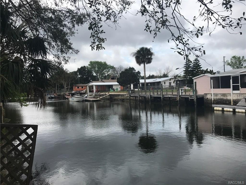 meet yankeetown singles With inventory down, citrus county real estate sales still remain strong: in cc there are 1080 single family homes for sale in 2017 there were 1044 home sold by this time and this year to.