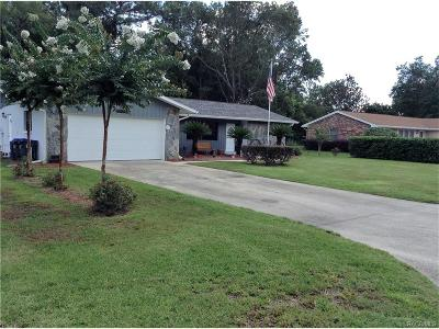 Homosassa FL Single Family Home For Sale: $157,000
