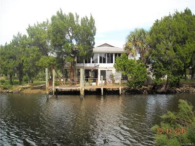 Crystal River Single Family Home For Sale: 12010 W Gulf Breeze Court