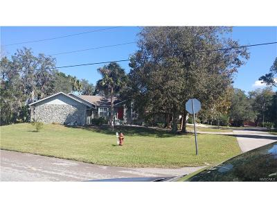 Homosassa Single Family Home For Sale: 4601 S S Gator Loop