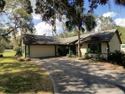 Crystal River Single Family Home For Sale: 11237 W Cedar Lake Drive