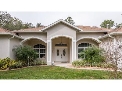 Homosassa Single Family Home For Sale: 12 Douglas Court S
