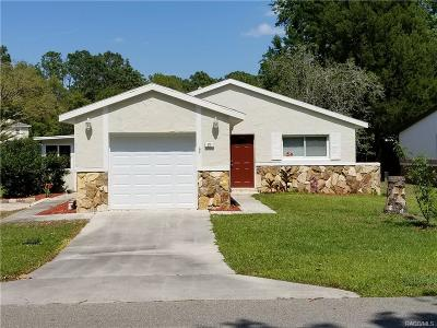 Homosassa Single Family Home For Sale: 21 Golfview Drive