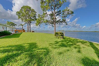 Crystal River Single Family Home For Sale: 12022 W Bayshore Drive