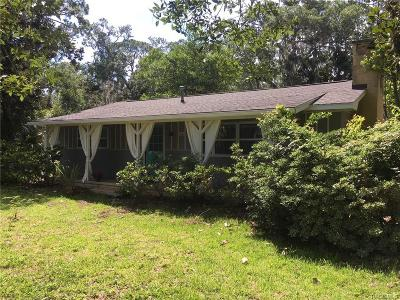 Levy County Single Family Home For Sale: 6602 Riverside Drive