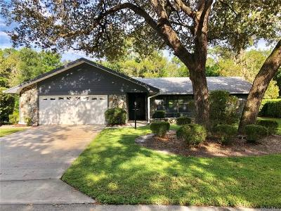 Homosassa Single Family Home For Sale: 20 Sycamore Court E