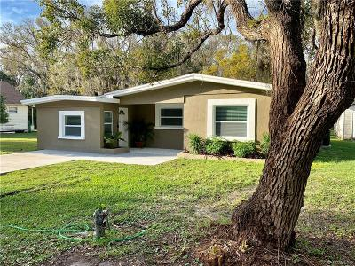 Crystal River Single Family Home For Sale: 771 NE 6th Terrace