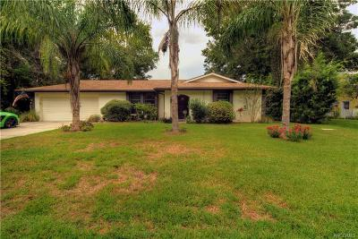 Crystal River Single Family Home For Sale: 3628 N Hiawatha Terrace