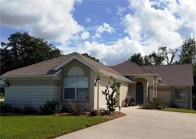 Homosassa Single Family Home For Sale: 22 Byrsonima Court S