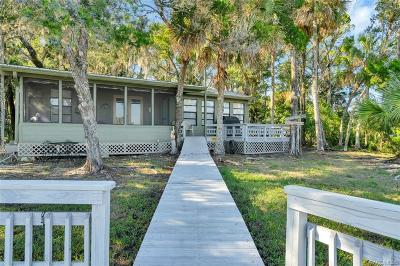 Homosassa Single Family Home For Sale: 5839 S Hellgate Island