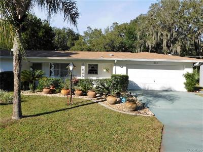 Crystal River Single Family Home For Sale: 6110 W Pine Circle
