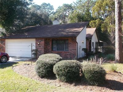 Homosassa Single Family Home For Sale: 8 Bumelia Court