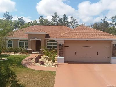 Homosassa Single Family Home For Sale: 10 Vinca Street