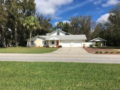 Crystal River Single Family Home For Sale: 4015 N Woodland Point