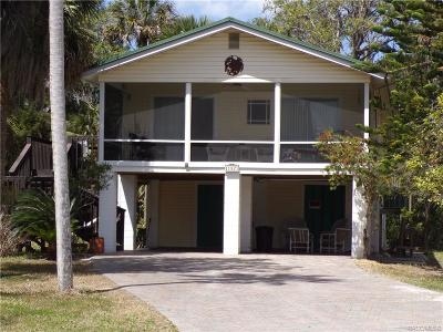 Crystal River Single Family Home For Sale: 11927 W Waterwood Drive