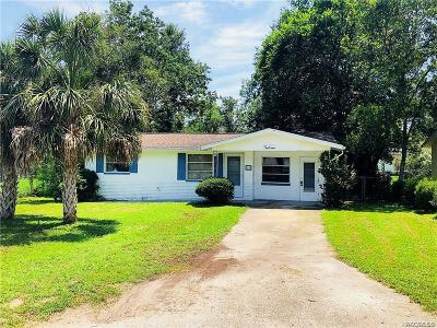 Beverly Hills FL Single Family Home For Sale: $76,900