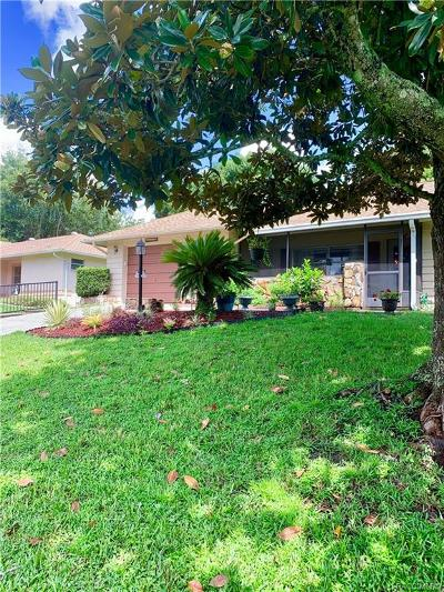 Beverly Hills Single Family Home For Sale: 219 W Goldentuft Court
