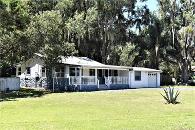 Crystal River Single Family Home For Sale: 7876 W Riverbend Road