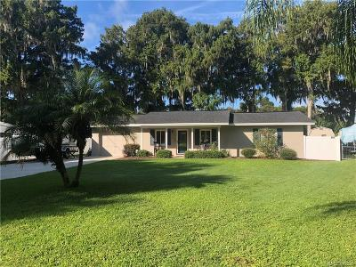 Citrus County Single Family Home For Sale: 7636 S Crescent Loop