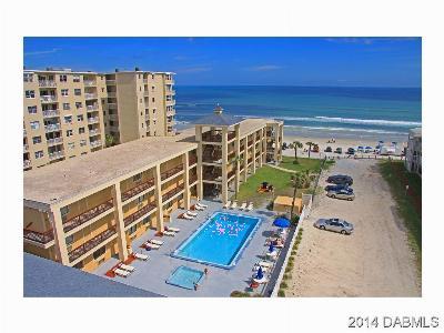 New Smyrna Beach Condo/Townhouse For Sale: 3509 S Atlantic Avenue #306