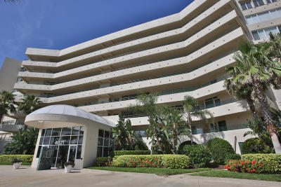 Ponce Inlet, South Daytona, Wilbur-by-the-sea Condo/Townhouse For Sale: 4621 S Atlantic Avenue #7703