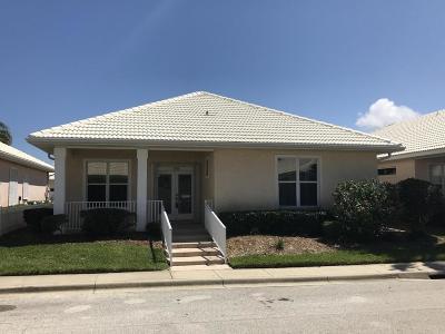 Daytona Beach Shores Single Family Home For Sale: 156 Key Colony Court