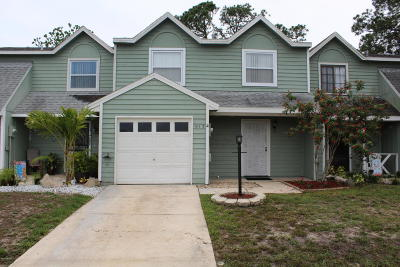 Volusia County Attached For Sale: 1111 Southampton Drive #2