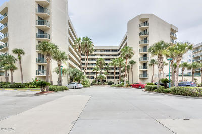 Volusia County Condo/Townhouse For Sale: 4565 S Atlantic Avenue #5507