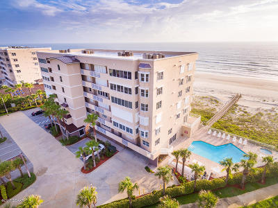 Ponce Inlet, South Daytona, Wilbur-by-the-sea Condo/Townhouse For Sale: 4767 S Atlantic Avenue #304