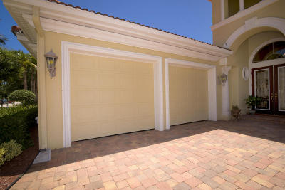 Palm Coast Plantation Single Family Home For Sale: 110 Emerald Lake Drive
