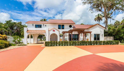 New Smyrna Beach Attached For Sale: 630 N Riverside Drive