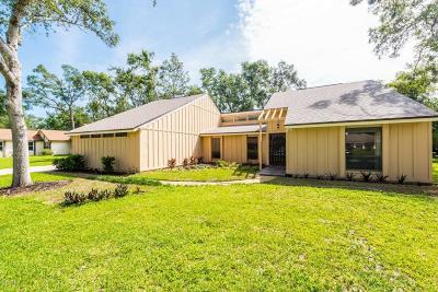 Tomoka Oaks Single Family Home For Sale: 219 Rio Pinar