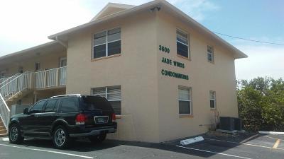 Volusia County Condo/Townhouse For Sale: 3600 S Peninsula Drive #17