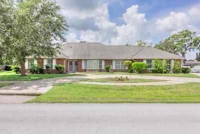 Daytona Beach Single Family Home For Sale: 805 Pelican Bay Drive